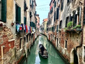 Lucia Venice walks and tours for homo faber event